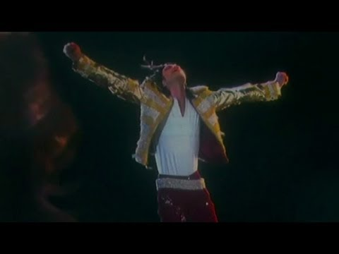 hologram performance - Best BBMA Performances ▻▻ http://youtu.be/ul3FrWgMKMs For all your music needs ▻▻ http://bit.ly/ClevverMusic Holy hologram. Michael Jackson shut it down when...