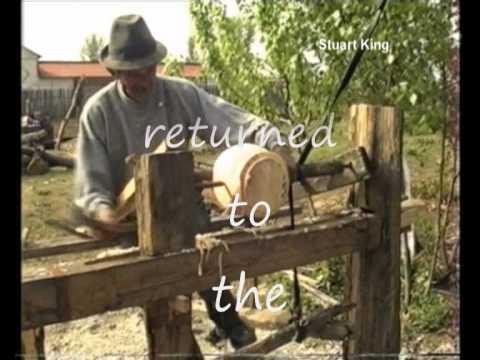 Romanian Pole Lathe Flask Turner .wmv (видео)