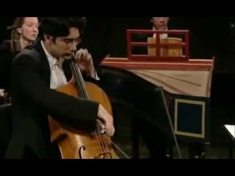 Adorjan - CPE Bach Cello Concerto in a-minor I. Movement: Allegro assai David Adorjan, Cello Christopher Hogwood, Conductor Bach Collegium München 1999 Prinzregentheat...