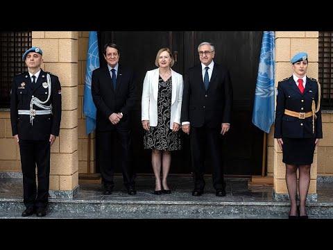 Zypern: Hoffnung auf Frieden - die griechischen und t ...