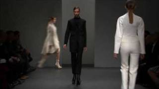 Nonton Calvin Klein Collection Women S Fall 2010 Runway Show Film Subtitle Indonesia Streaming Movie Download