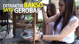 Video Ditraktir Bakso Satu Gerobak MP3, 3GP, MP4, WEBM, AVI, FLV Oktober 2018