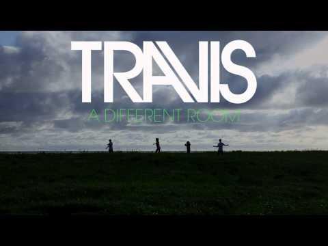Tekst piosenki Travis - A Different Room po polsku