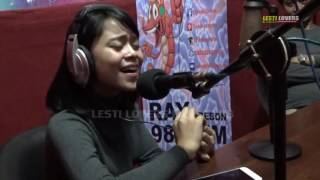 Download Lagu WOOWWW.. DEDE LESTI NGAWIH SUNDA DI RADIO RAY KEREEN BANGEET!!! Mp3