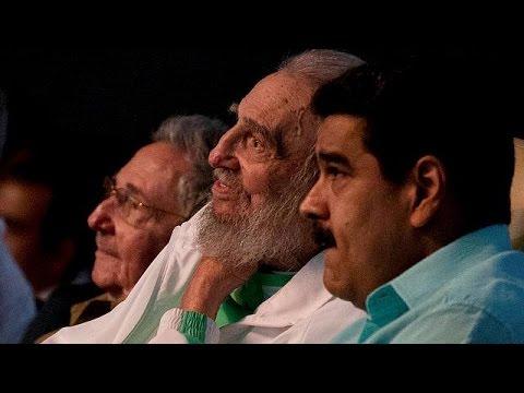 Κούβα: Σπάνια εμφάνιση του Φιντέλ Κάστρο ανήμερα των 90ων γενεθλίων του