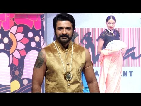 Yeh Moh Moh Ke Dhaagey actor Eijaz Khan RAMP WALK
