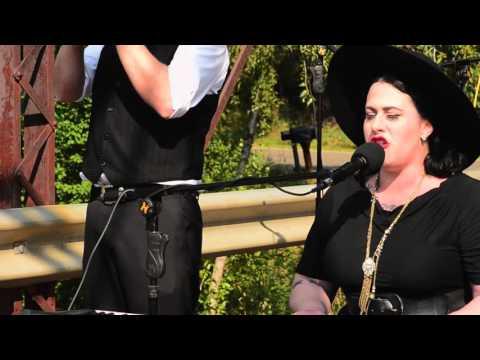 Davina and the Vagabonds - Sunshine