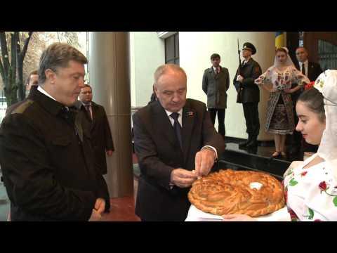 Președintele Poloniei, Bronisław Komorowski, și președintele Ucrainei, Petro Poroșenko, efectuează o vizită oficială comună în Republica Moldova