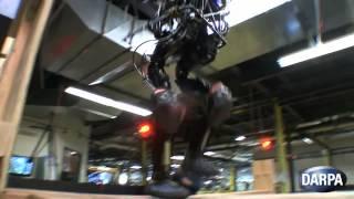 """""""DARPA Robot"""" el robot que sube escaleras"""