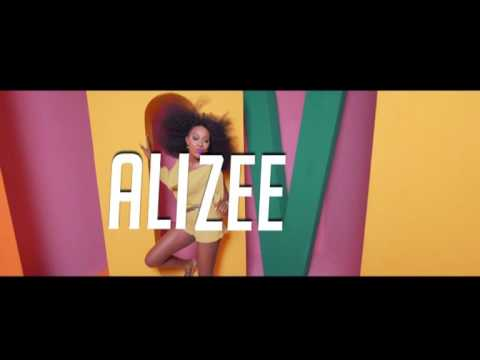 """I'M SINGLE AND SEARCHING """"ALIZEE"""""""