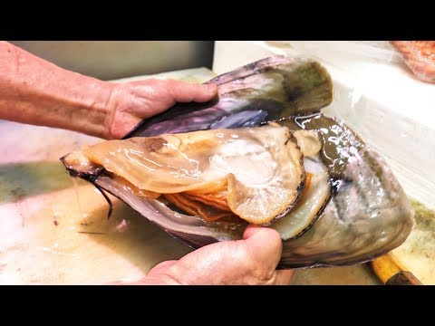 Japanese Street Food - GIANT MUSSELS + Seafood and Street Food of Nishiki Market in Kyoto, Japan (видео)