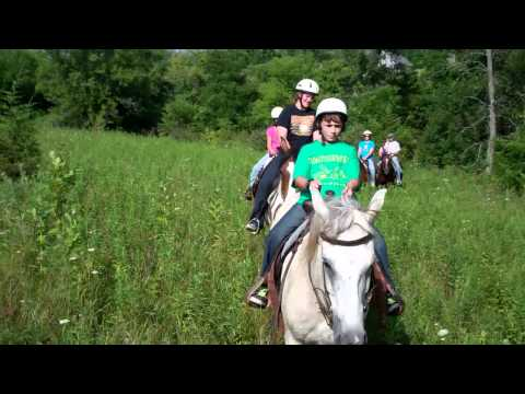Horseback trail riding in Galena Illinois