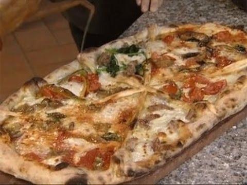 La pizza al metro di Antonino Esposito