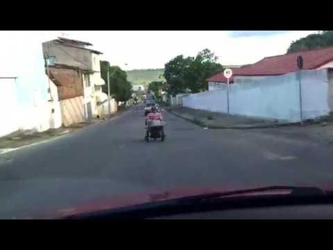 Descendo a Ladeira no Carrinho de mão a 50km/h em Itamaraju-Ba