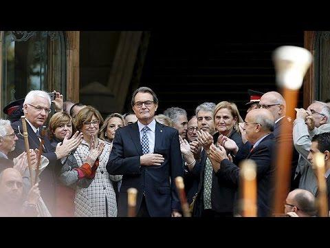 Στη δικαιοσύνη ο Καταλανός πρόεδρος για το δημοψήφισμα της ανεξαρτησίας