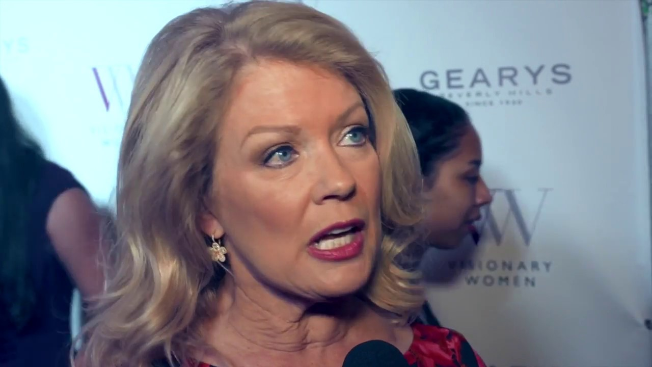 Mary Hart on Paying it Forward