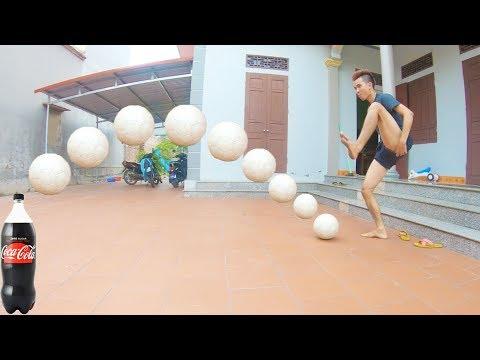 PHD | Nhảy Lò Cò Sút Bóng | Play Football With One Leg - Thời lượng: 11:56.
