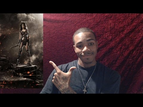 Gal Gadot Wonder Woman Costume Reaction/Review