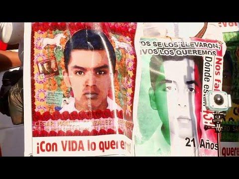 Μεξικό: Συγκέντρωση διαμαρτυρίας από τους συγγενείς των 43 μαθητών που αγνοούνται