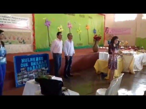 Cantora Gospel Vanessa Menezes louvando no Dia das mulheres em Porteirão Goiás