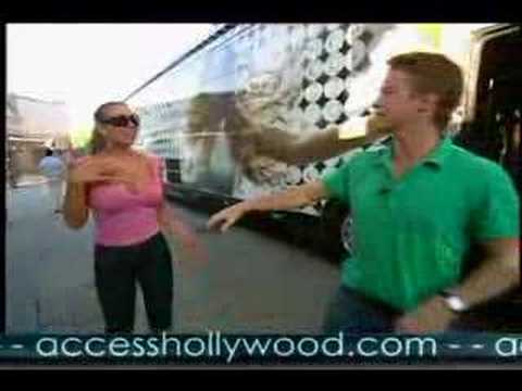 Billy Bush - Billy Bush kidnapped Mariah Carey for an LA adventure tour! Stop 1 - Universal Studios Hollywood.