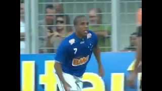 Gol de Borges Cruzeiro x Flamengo (1-0) Brasileirão 2012 22/07/2012 GOL DO CRUZEIRO!!! Ceará chega à linha de fundo pela...