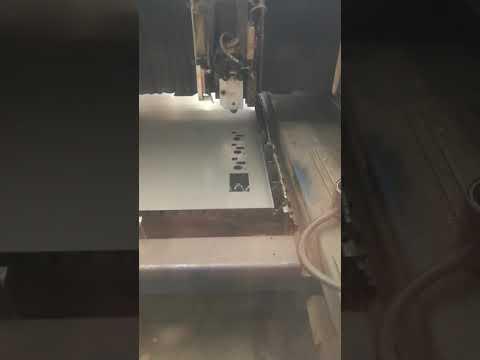 Machine de découpe laser 2D TRUMPF TRUMATIC L 3030 2003