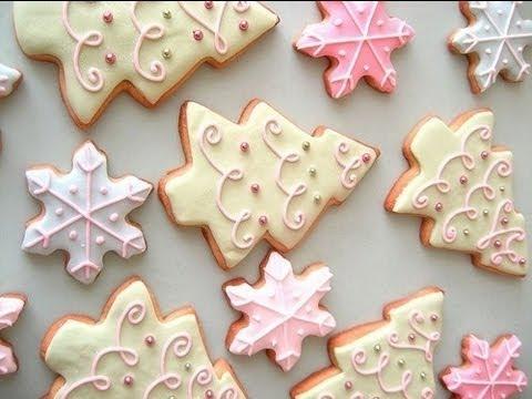 video ricetta: bellissimi biscotti natalizi decorati.