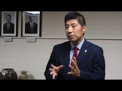 ゆるキャラ大量組織票について釈明する四日市市長