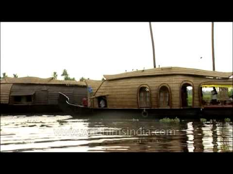 Video Dining in the Houseboat: Kerala download in MP3, 3GP, MP4, WEBM, AVI, FLV January 2017
