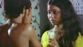 Video Kamal turns to the dark side 2 - Sivappu Rojjakkal download in MP3, 3GP, MP4, WEBM, AVI, FLV January 2017