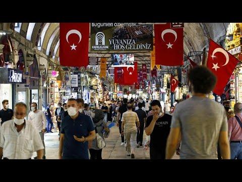 Σε ελεύθερη πτώση η τουρκική λίρα