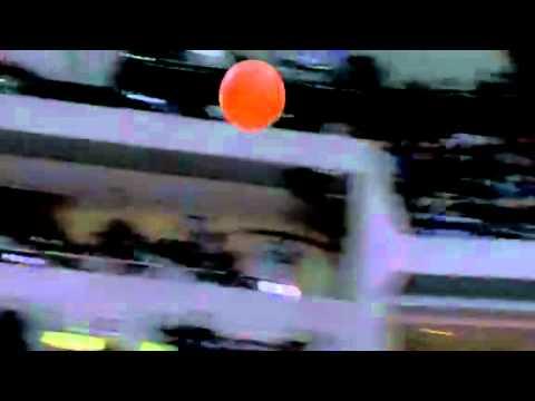 Nicolas Batum's reverse dunk