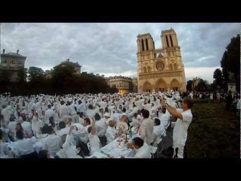 White Dinner Paris 2011 by Lapin