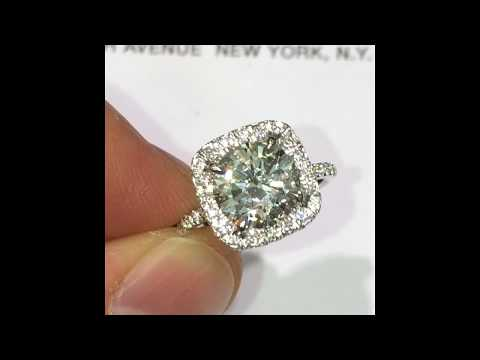 2 carat Round Diamond Engagement Ring in Square Halo