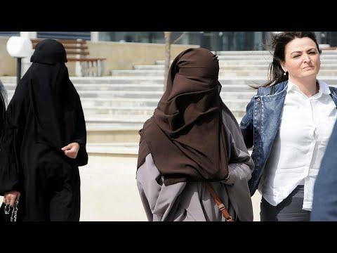 Κρατούνται δέκα Κοσοβάρες ύποπτες για τρομοκρατία