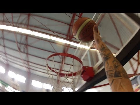 toublanc - Teaser Saint Brieuc Basket Ralisation & Montage : David TOUBLANC Images : Jim TOUBOULIC et Alice REBETEZ Son : Maxime JOLY Musique : BenZel - Fallin' Love (...