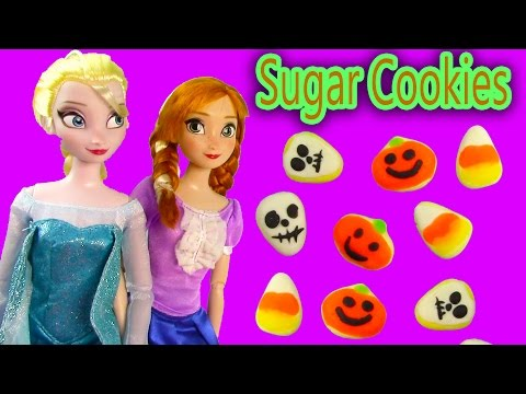 Princess - SUBSCRIBE: http://www.youtube.com/channel/UCelMeixAOTs2OQAAi9wU8-g?sub_confirmation=1 Make super simple easy DIY doll food with Playdoh: Halloween inspired sugar cookies, candy corn, ...
