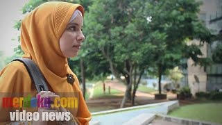 Video Malikah, Mualaf Asal Belanda Yang Kini Kuliah di Universitas Indonesia MP3, 3GP, MP4, WEBM, AVI, FLV Oktober 2018