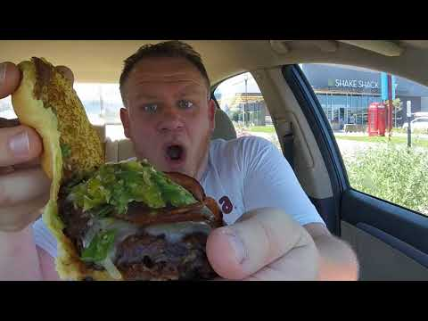 SHAKE SHACK ☆Green Chile Bacon DOUBLE CheddarShack Burger☆ Food Review!!!
