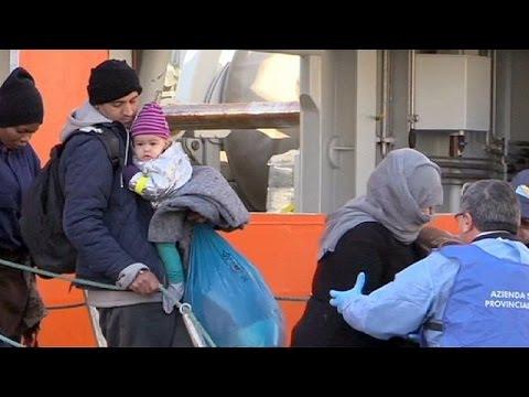 Ιταλία: Στο Παλέρμο οι μετανάστες που διασώθηκαν τα Χριστούγεννα
