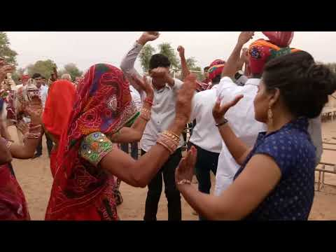 Video Patali padgi nanda thare bina song per shadi me jabradst dance download in MP3, 3GP, MP4, WEBM, AVI, FLV January 2017