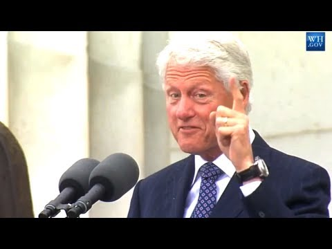 thedailyconversation - Former President Bill Clinton speaks on the 50th Anniversary of Martin Luther King Jr.'s 'I have a dream' speech on the steps of the Lincoln memorial on the ...