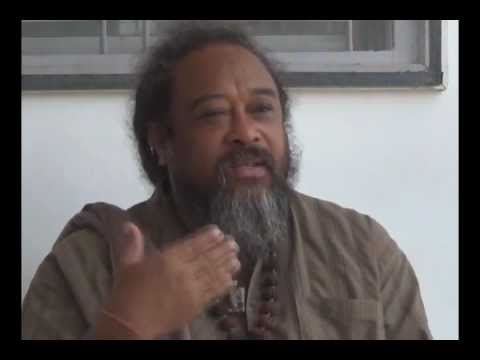 Mooji Video: Beyond Self-Improvement There is Satsang