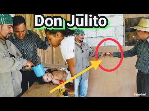 """Videos caseros - ASÍ CURAMOS LOS BEBÉS EN GUATEMALA CON REMEDIOS CASEROS Don JULITO El """"CURANDERO"""" cap#1/2"""