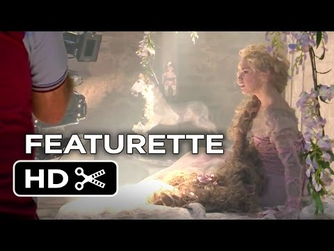 Into the Woods Featurette 'Costumes of the Woods'