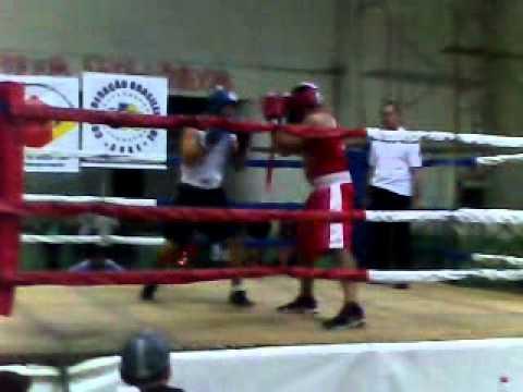 vicente piaui (Escola de boxe Poa) x Sérgio  (Canoas)