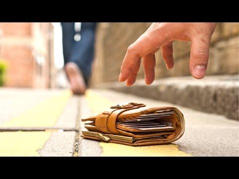 Sự khác nhau giữa rơi ví ở Việt Nam với Mỹ, Hàn quốc, Malaysia và Dubai (y)