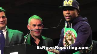 Floyd Mayweather On Stage With Tyson Chavez Duran Oscar Cotto EsNews