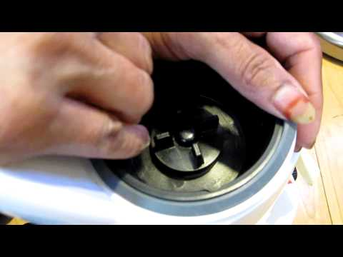 How to Fix a Gasket on a Mixer Grinder